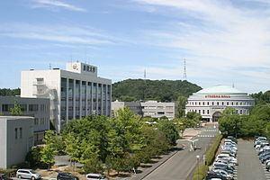 Hamamatsu University httpsuploadwikimediaorgwikipediacommonsthu
