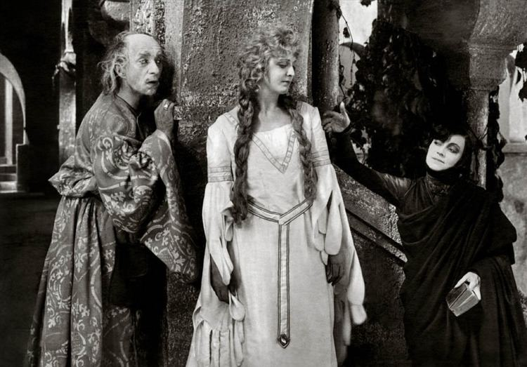 Hamlet (1921 film) hamlet192102gjpg