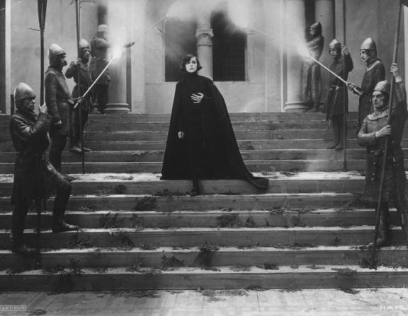 Hamlet (1921 film) Asta Nielsen in Hamlet 1921 Asta Nielsen Pinterest