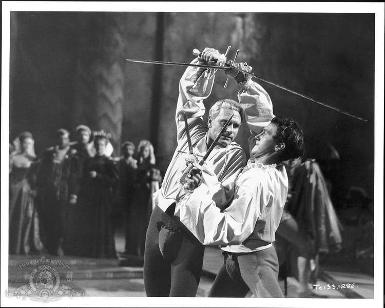 Hamlet (1948 film) Hamlet 1948 Toronto Film Society Toronto Film Society