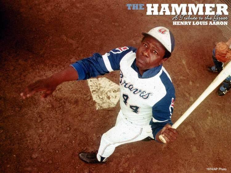 Hank Aaron atlantabravesmlbcomatlimageshistoryaaronwa