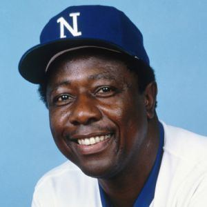 Hank Aaron httpswwwbiographycomimagecfill2Ccssrgb