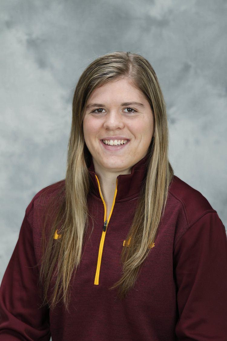 Hannah Brandt Us Brandt one of three finalists for top womens hockey award