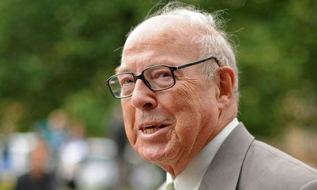 Hans Blix Hans Blix Blair government became 39prisoner39 of US before