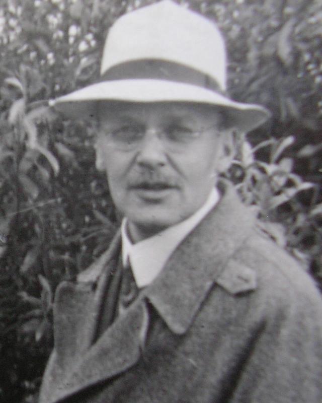 Hans Geiger SciHistory Hans Geiger and the GeigerMller Counter