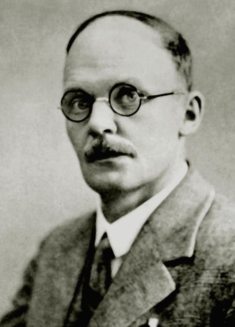 Hans Geiger httpsuploadwikimediaorgwikipediacommonsaa