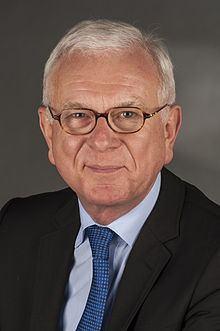 Hans-Gert Pöttering httpsuploadwikimediaorgwikipediacommonsthu