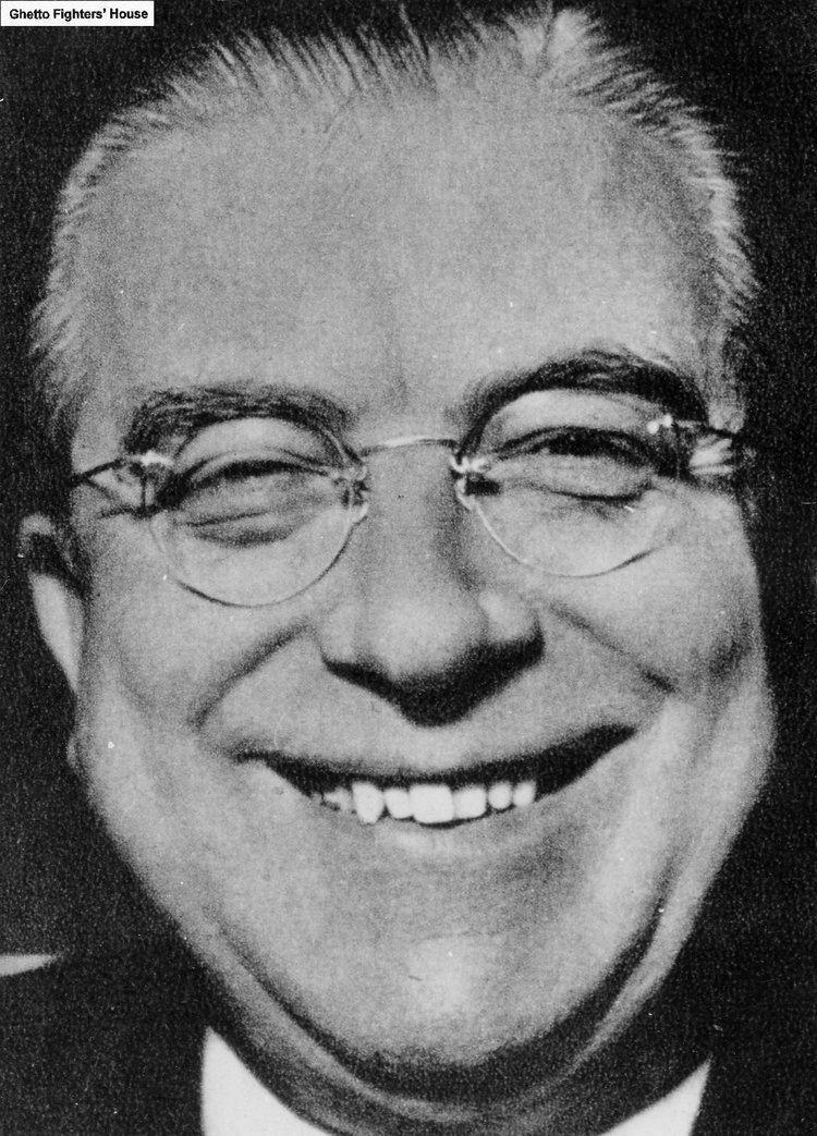 Hans Globke IDEA ALM Hans Globke a senior jurist in Nazi Germany