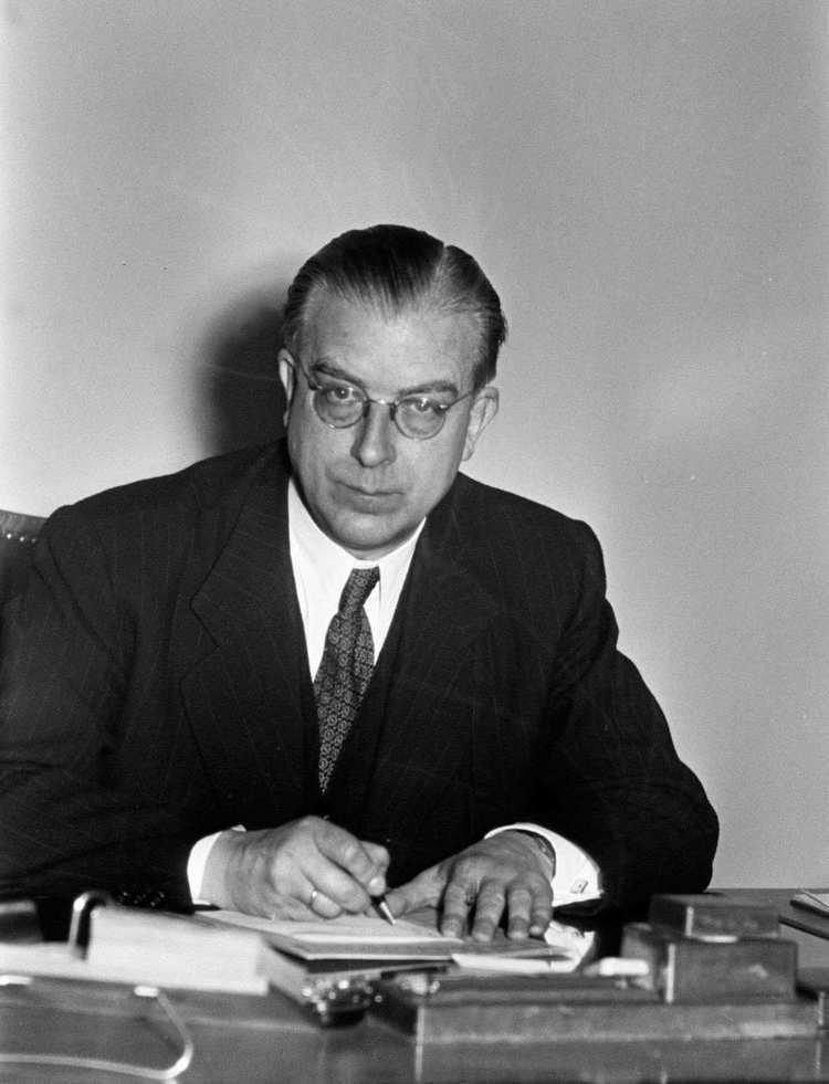 Hans Globke LeMO Biografie Hans Globke