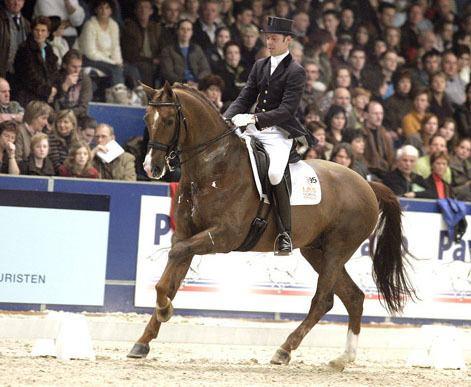 Hans Peter Minderhoud Hans Peter amp Tango Take Zwolle CDI3 Grand Prix