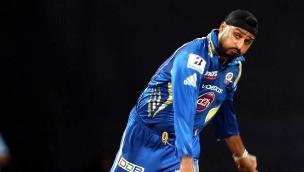 IPL 2017 Harbhajan Singh completes 200 T20 wickets during IPL 10