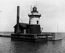 Harbor Beach Light httpsuploadwikimediaorgwikipediacommonsthu