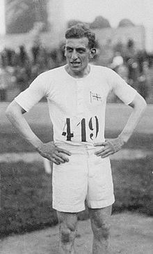 Harold Abrahams httpsuploadwikimediaorgwikipediacommonsthu