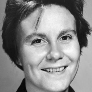 Harper Lee httpswwwbiographycomimagecfill2Ccssrgb