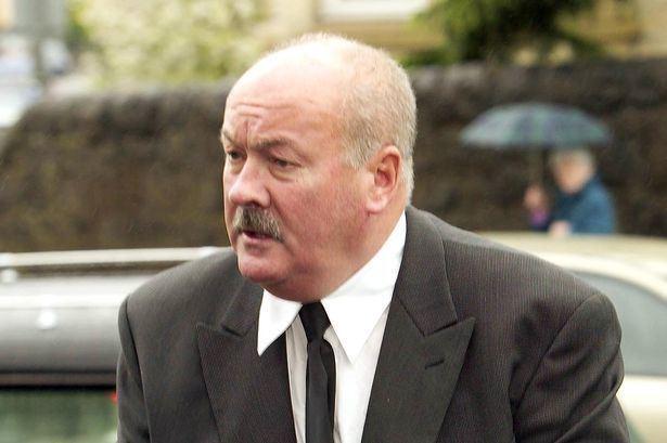 Harry Hood (footballer) Armed thugs raid exCeltic star Harry Hoods pub in terrifying late