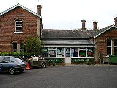 Hartfield railway station httpsuploadwikimediaorgwikipediacommonsthu
