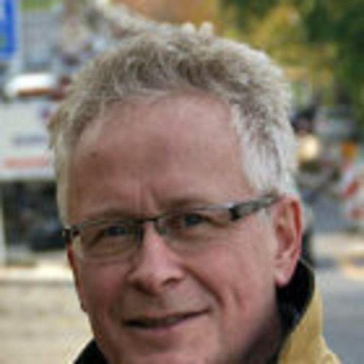 Hartmut Schreiber Hartmut Schreiber Software Architekt und Entwickler C NET