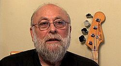 Harvey Brooks (bassist) Harvey Brooks bassist Wikipedia