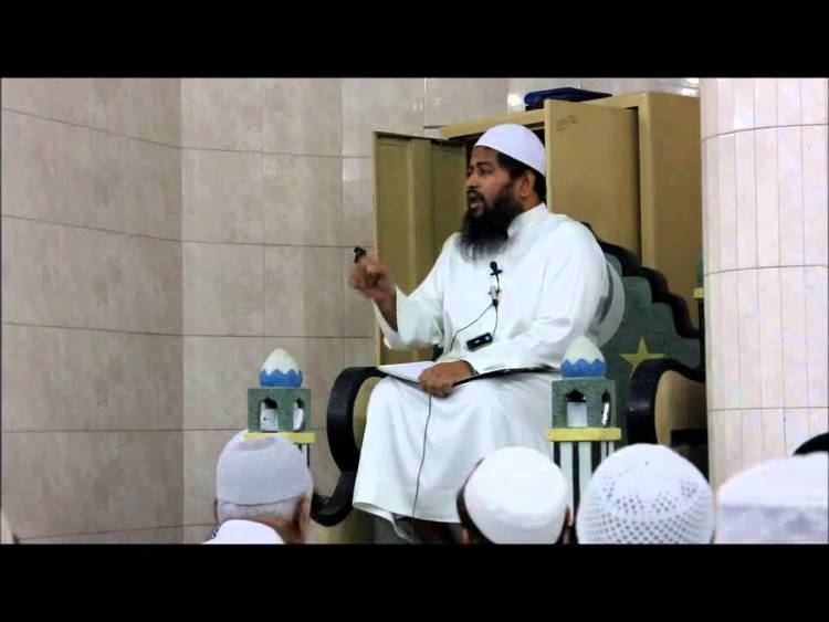 CALLING YA NABI FROM THE DISTANCE IS OFFENSE Mawlana Hasan Jamil