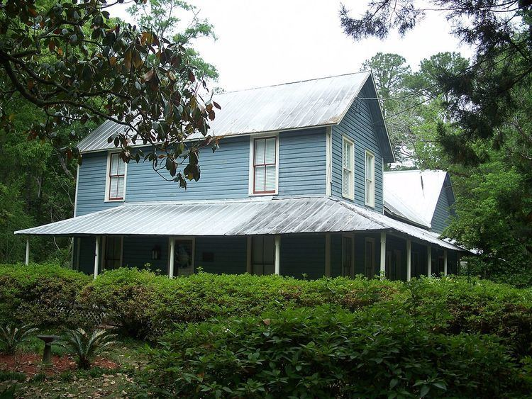 Haskell-Long House