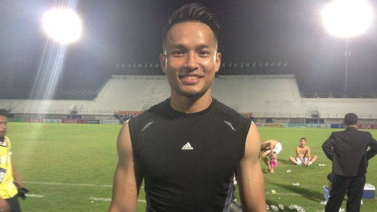 Hassan Sunny Singapore GK Hassan Sunny extends Thai contract ESPN FC