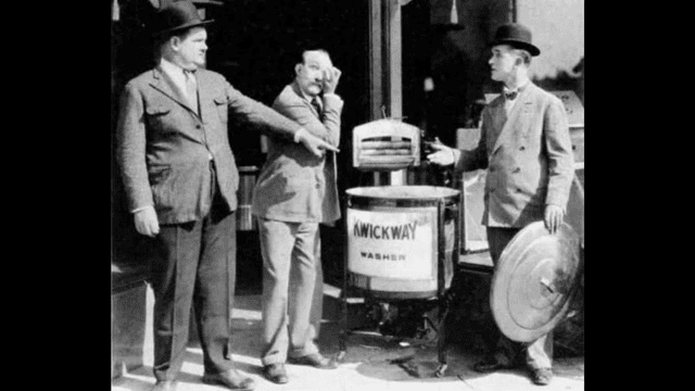 Hats Off (1927 film) Gi i cappelli Wikipedia