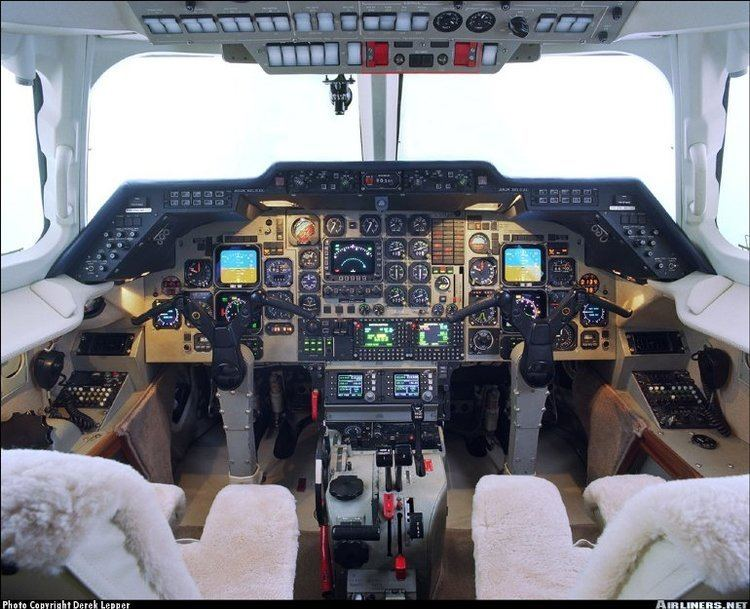 Hawker 800 Airlinersnet