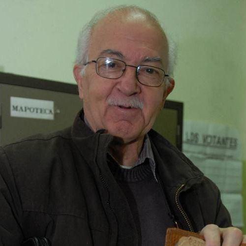 Héctor Bidonde Biografia y Noticias de Hctor Bidonde TresLineascomar