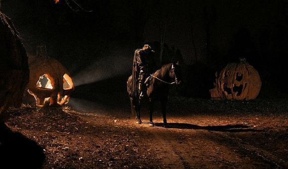 Headless Horseman Hayrides FALL FUN Headless Horseman Hayride and Haunted Houses DErunnerNIAL