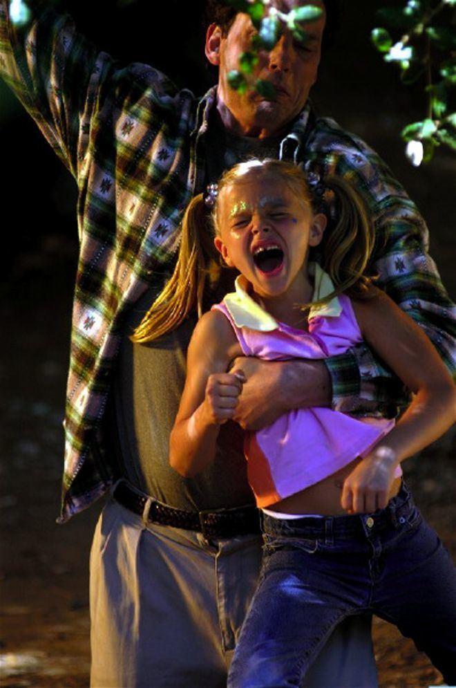 Heart of the Beholder CHLOE MORETZ HEART OF THE BEHOLDER PHOTOS Chloe Grace Moretz in