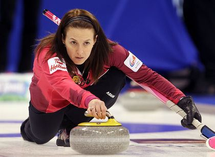 Heather Nedohin Heather Nedohin steals one in the 10th end to beat Crystal