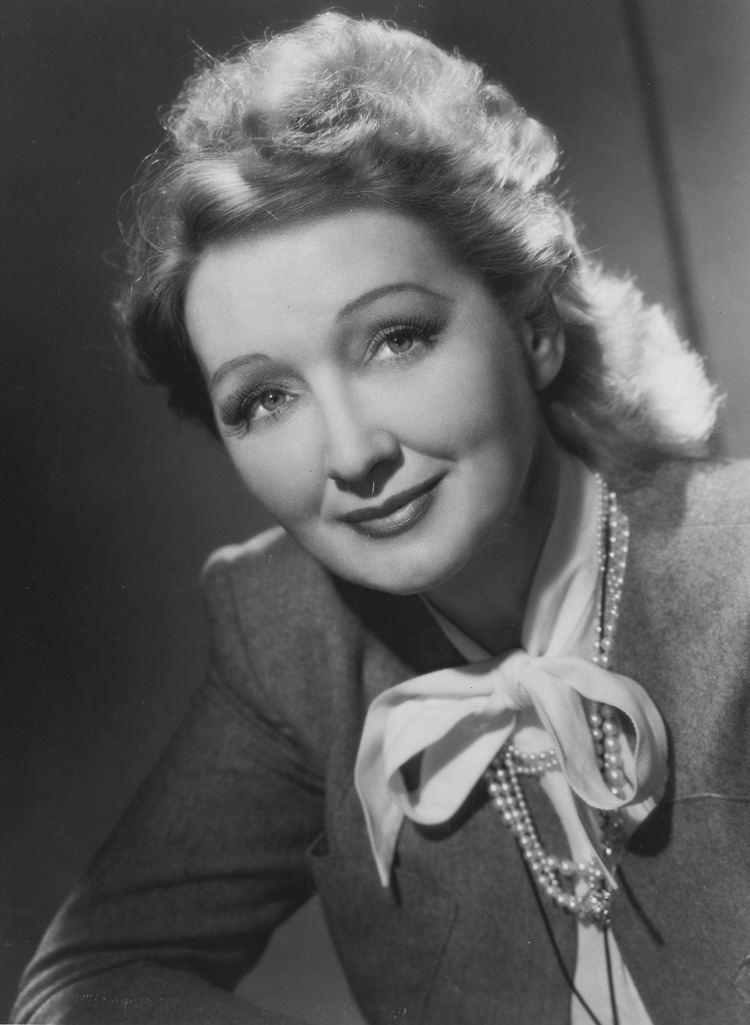 Hedda Hopper Hedda Hopper gossip queen extraordinaire Old Pittsburgh