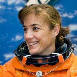 Heidemarie Stefanyshyn-Piper NASA Preflight Interview Heidemarie StefanyshynPiper