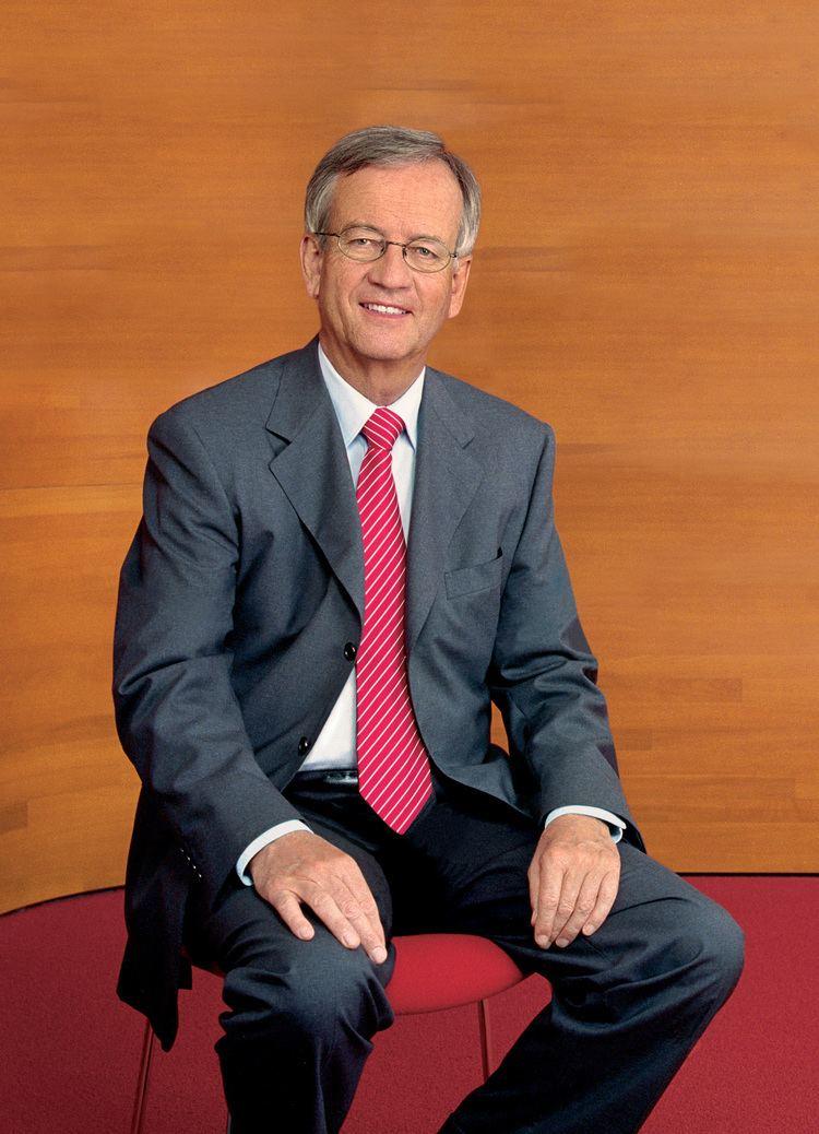 Heinrich von Pierer Siemens History Site Chairmen of the Managing Board