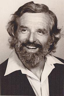 Heinz Bernard httpsuploadwikimediaorgwikipediacommonsthu