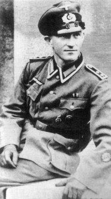 Heinz Heuer httpsuploadwikimediaorgwikipediaenthumbc