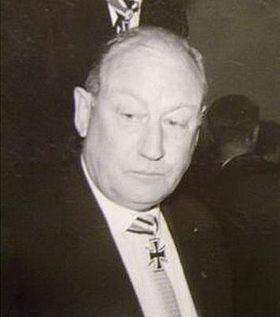 Heinz Lammerding httpsuploadwikimediaorgwikipediacommonsthu