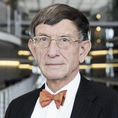 Heinz Riesenhuber Bundestag Konstituierende Sitzung Start mit Fliege