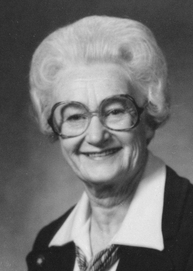 Helen Arnold (politician)