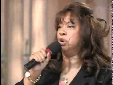 Helen Baylor Helen Baylor sings AWESOME GOD YouTube