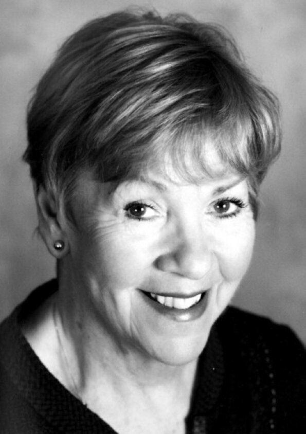 Helen Fraser (actress) httpspbstwimgcomprofileimages4311563384758