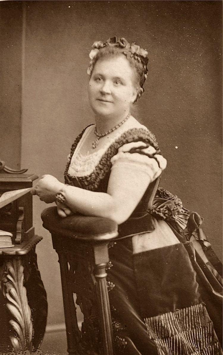 Helen Lemmens-Sherrington