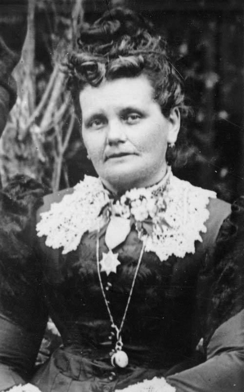 Helen McRae Stace Stace Helen McRae Helen McRae Stace about 1897 Te Ara