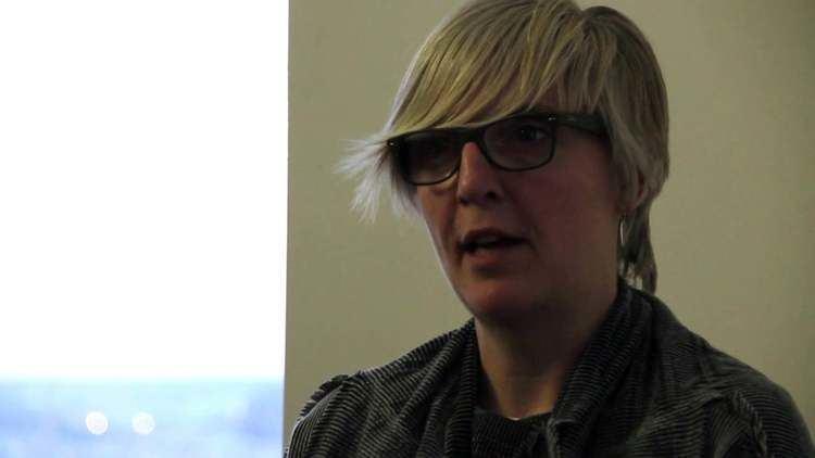 Helen Molesworth Helen Molesworth On Authorship on Vimeo