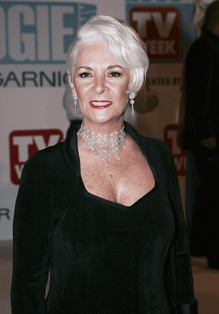 Helen Richey (dancer) Is Helen Richey replacing Len Goodman on Strictly Come Dancing