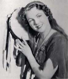 Helen Roberts httpsuploadwikimediaorgwikipediaenthumb9