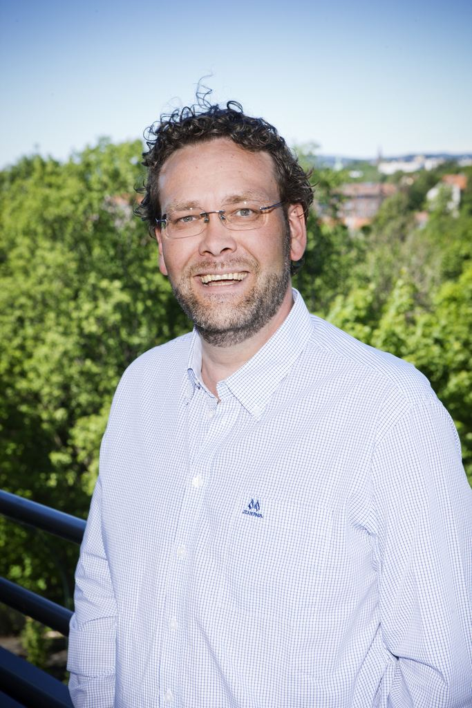 Helge Solum Larsen Minneord om Helge Solum Larsen 1969 2015 Stavanger Venstre