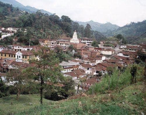 Heliconia, Antioquia httpsmw2googlecommwpanoramiophotosmedium