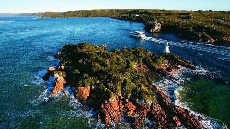 Hells Gates (Tasmania) httpsuploadwikimediaorgwikipediacommonsthu