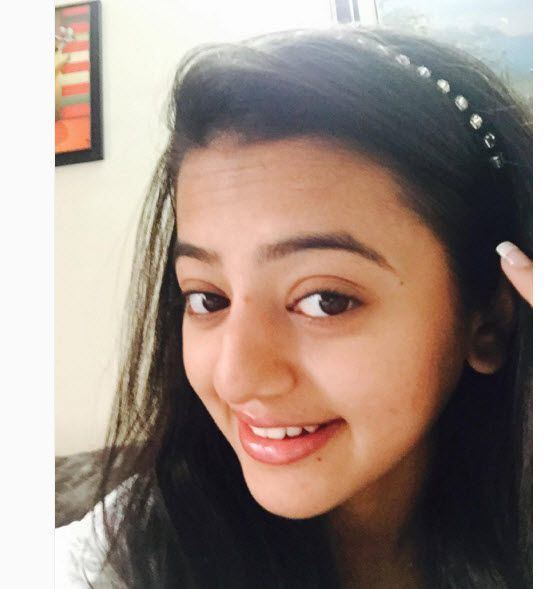 Helly Shah Helly Shah The Top 10 Cutest And Naughtiest Insta Clicks Of The